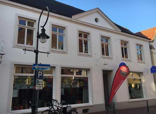 Freundliche, vollständig renovierte 4-Zimmer-Wohnung im Zentrum von Jever