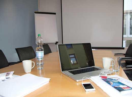 Co-Working Arbeitsplätze im officepoint ONE Alster
