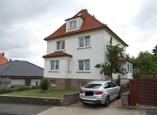 Gepflegtes 2-Familienhaus in Zentrumsnähe inkl. Baugrundstück!