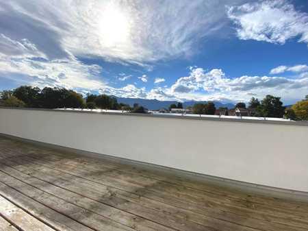 *Bergblick* Exklusives wohnen auf 2 Etagen mit großer Dachterrasse in ruhiger top zentraler Lage! in Murnau am Staffelsee