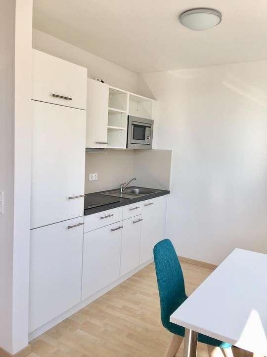*Helle & möblierte 2,5 Zimmer Wohnung*  in Altstadt, Innenstadt (Fürth)