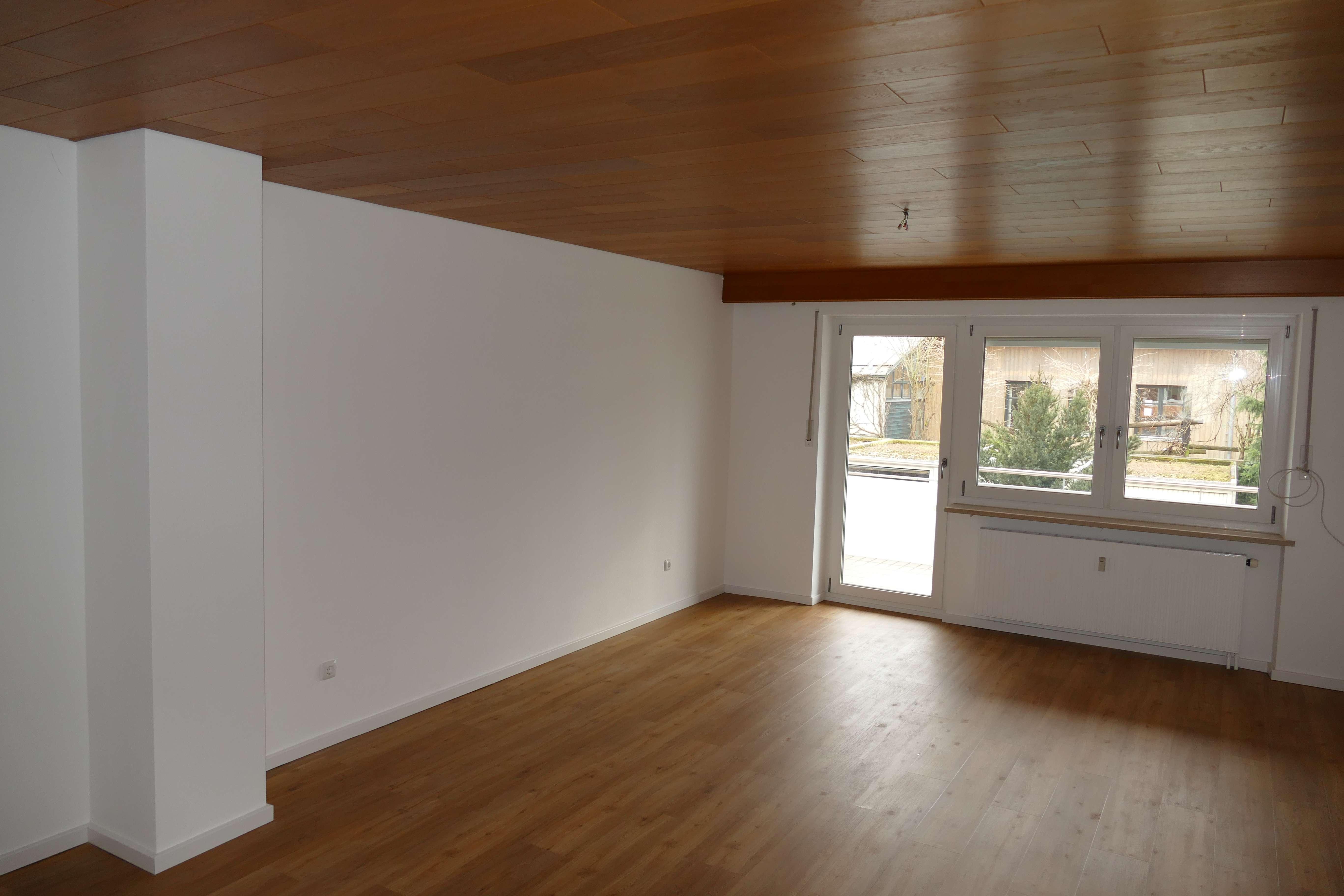 großzügig geschnittene 4-Raum-Wohnung in ruhiger ETW-Anlage Stadtzentrum in Deggendorf