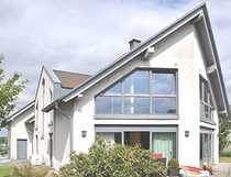 Repräsentatives Einfamilienhaus mit Wärmepumpe - großzügiger