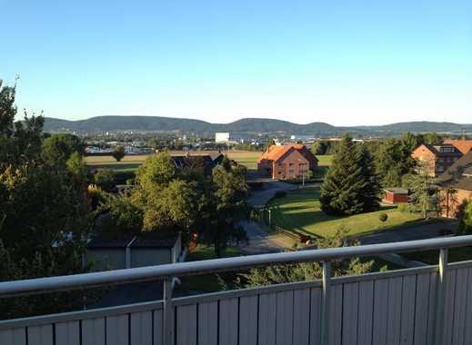 helle 4,5 Zimmer Wohnung saniert mit Ausblick/Balkon ins Wesertal