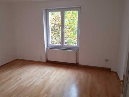 Stilvolle, sanierte 4-Zimmer-Wohnung mit Balkon in Bogenhausen/Oberföhring, München in Bogenhausen (München)