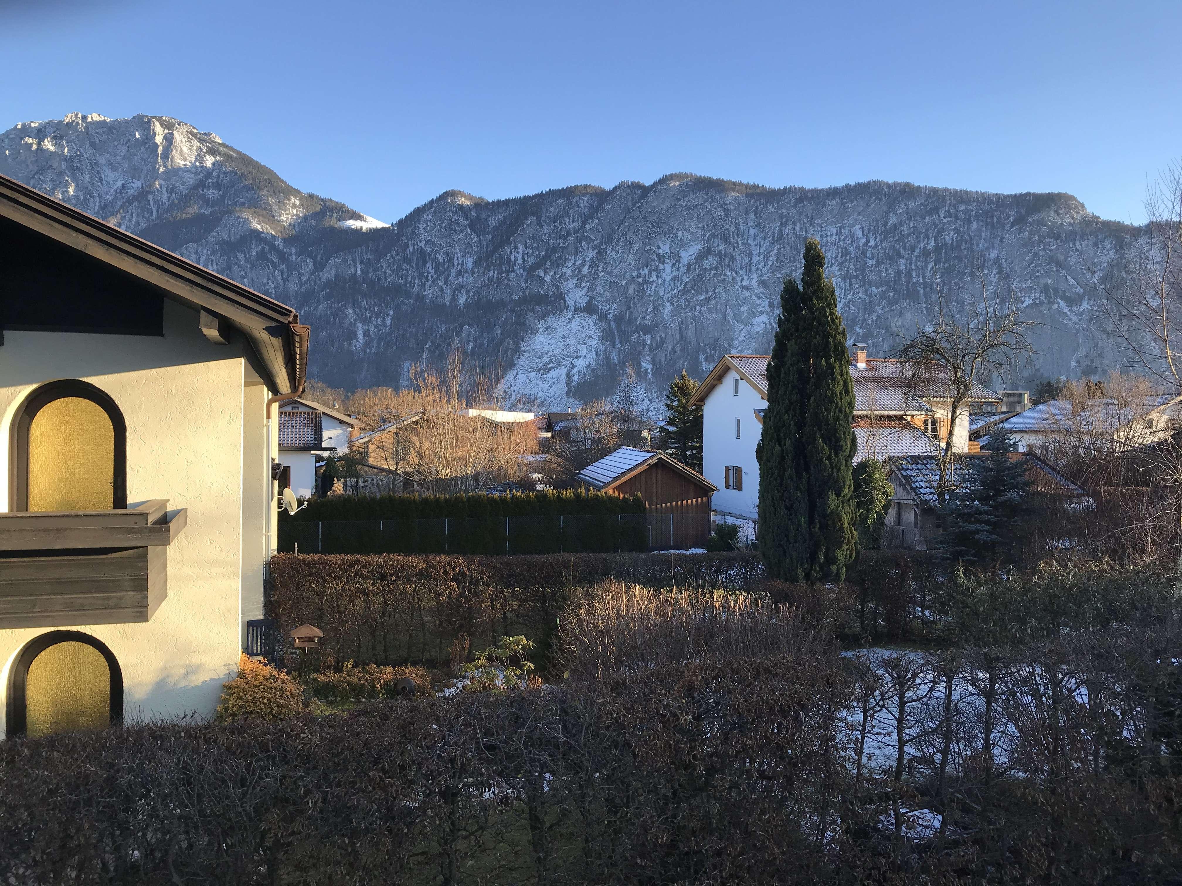 Gepflegte 2-Zimmer-Wohnung mit Balkon und Einbauküche in Kiefersfelden in