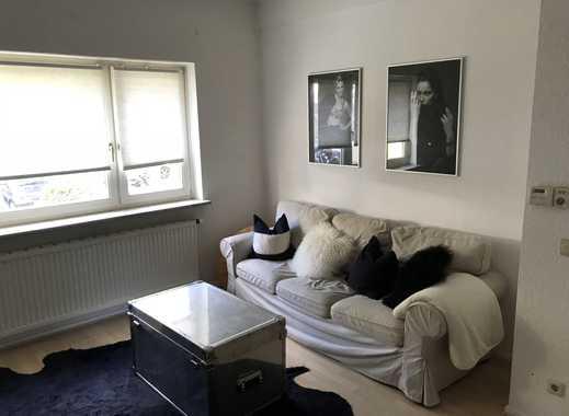 Attraktive 1,5-Zimmer-Hochparterre-Wohnung mit Balkon und EBK in Düsseldorf