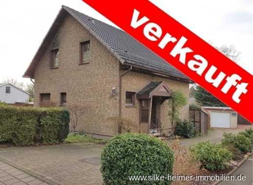 !! Verklinkertes Einfamilienhaus mit Wintergarten und Vollkeller sucht neuen Eigentümer !!