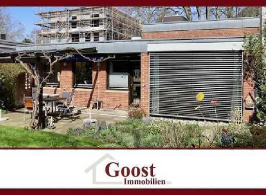 Attraktiv gebautes Einfamilienhaus mit großem Gartengrundstück in Rodenkirchen