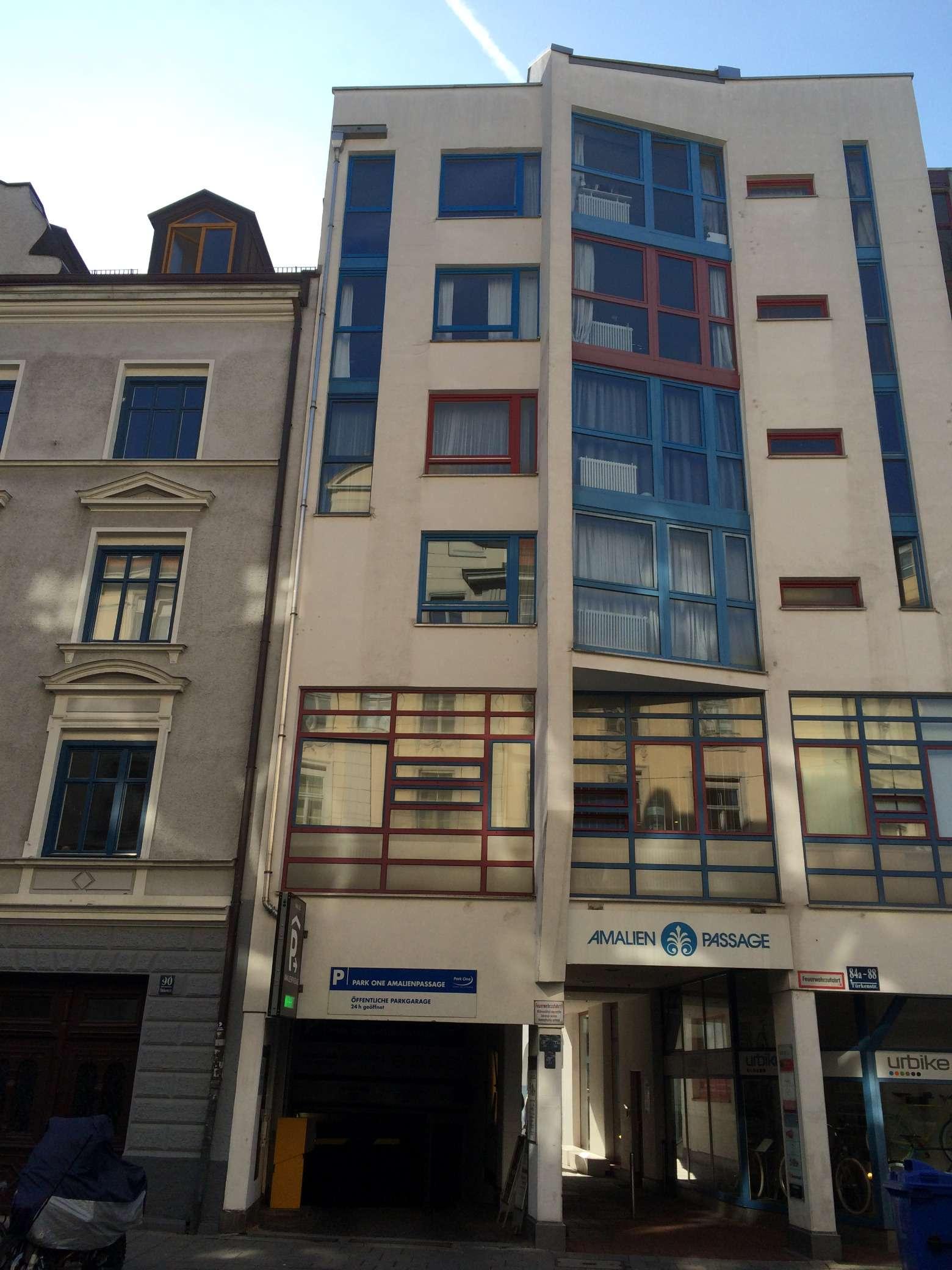 Traumlage Amalienpassage, an der Uni: Attr. möblierte 1,5-Zimmer-Single-Wohnung m. Balkon in Maxvorstadt (München)