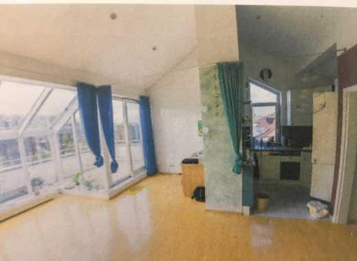 Neuwertige 2-Zimmer-Dachgeschosswohnung mit Balkon und EBK in Mainz