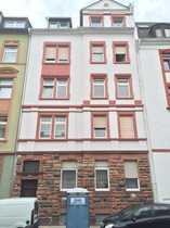 Moderne 3 Zimmer-Altbau-Wohnung Balkon