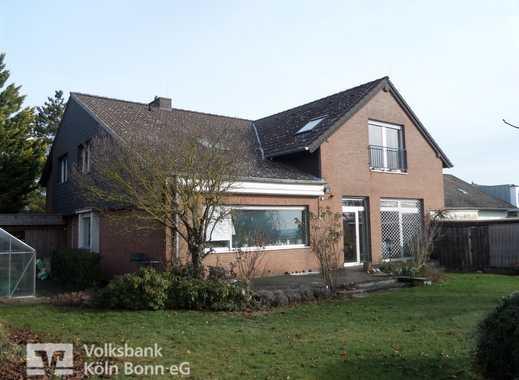 Zülpich-Ülpenich - Großzügiges Zweifamilienhaus mit Garten
