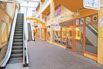 Bild Einzelhandelsfläche mit großer Schaufensterfront zu vermieten