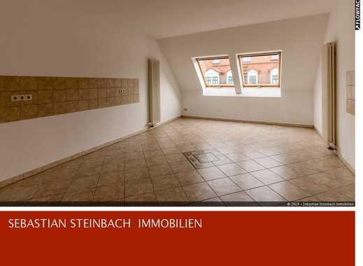 **Traumhafte Dachgeschosswohnung im Waldstraßenviertel + Parkett + Gäste-WC + WG geeignet**