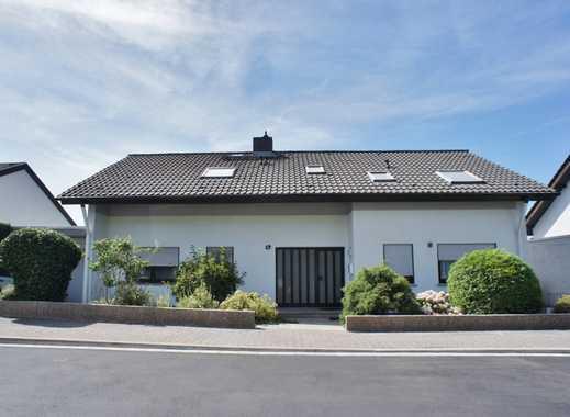 Zweifamilienhaus mit Einliegerwohnung! Einzigartiger Fernblick! Understatement in Mainz-Finthen