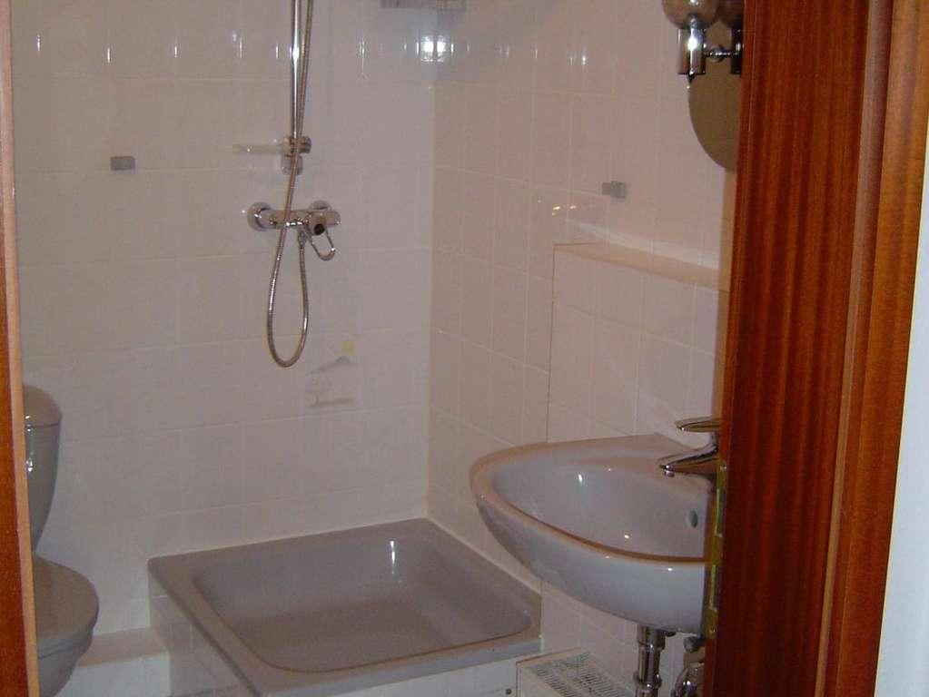 Badezimmer Badewanne/Dusche
