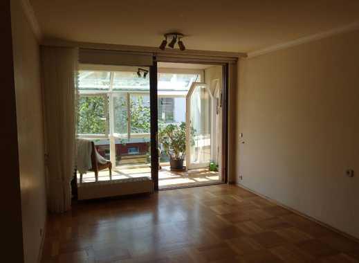 individuell geschnittene 4,5-Zimmer-Wohnung mit Balkon in ruhiger Lage in Bad Boll