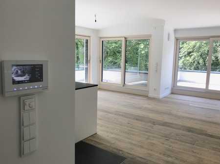 Edles Penthouse mit großer Dachterrassen und Sauna/Büro/Hobby im UG in Alt-Harlaching in Harlaching (München)