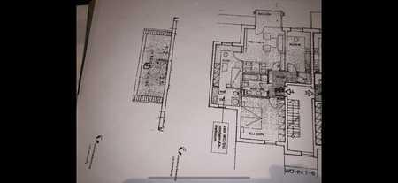 Gepflegte Wohnung mit dreieinhalb Zimmern sowie Balkon und Einbauküche in Barbing in Barbing