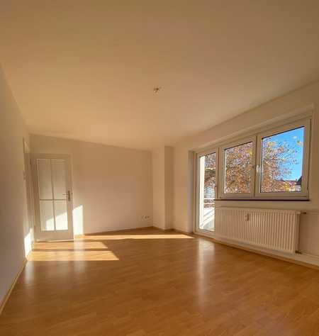 Sonnige 2,5 Zimmer Wohnung mit Balkon in Nordwest