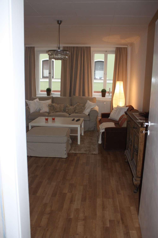 Vermiete teilmöblierte 2 1/2-Zimmerwohnung im Zentrum Dingolfings mit 50 qm Dachterrasse
