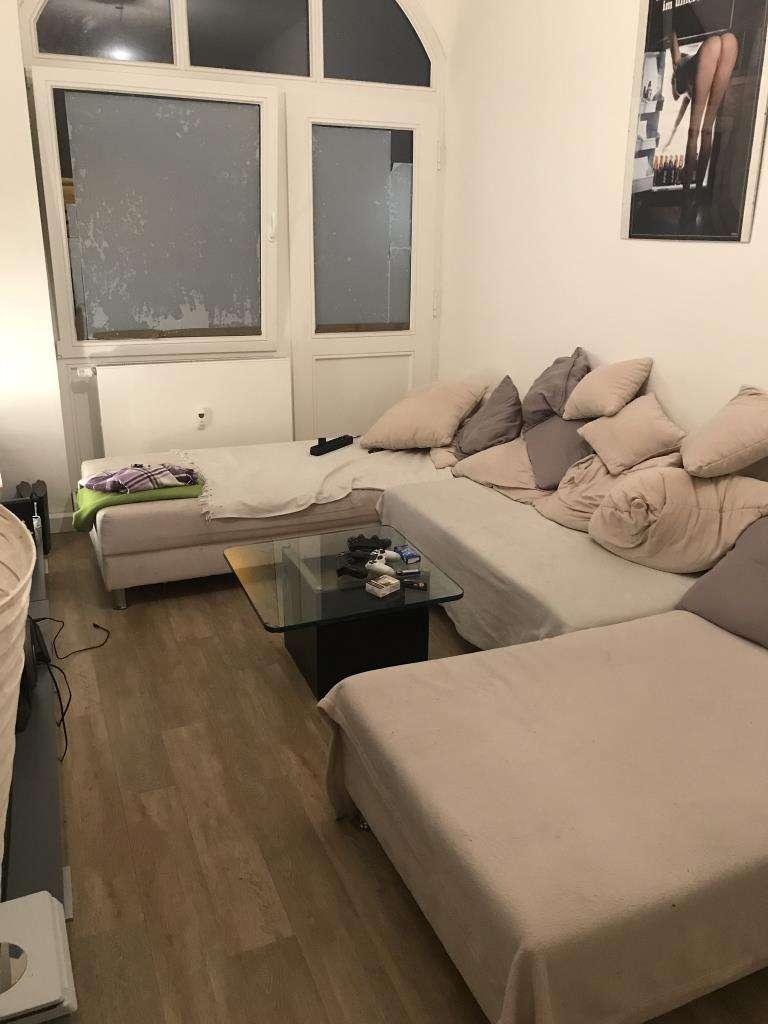 Kernsanierte 4-Zimmer Wohnung in gepflegtem Altbau - WG-geeignet! in