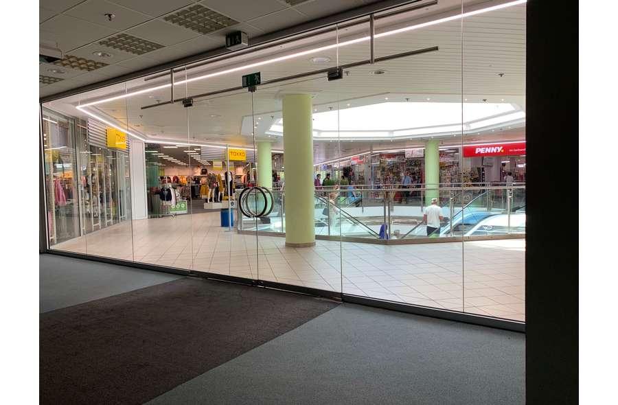 Ladenfläche Eingang