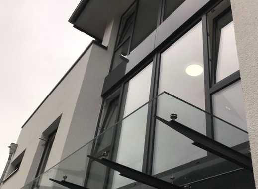 Moderne zwei Zimmer Wohnung (von 75 QM) in Paderborn (Kreis), Bad Lippspringe