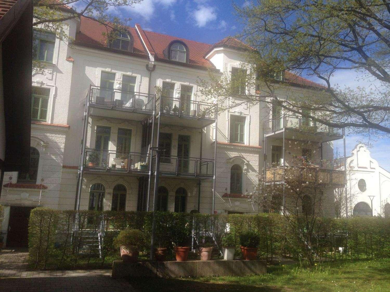 3,5 Zi.-Altbau-Maisonettewohnung mit Wintergarten im 2.OG/DG im Prinzregenten Park in Freising in Freising