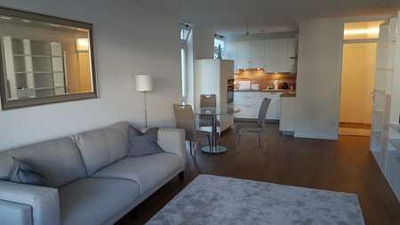 sonnige möblierte Wohnung in Bogenhausen in Bogenhausen (München)