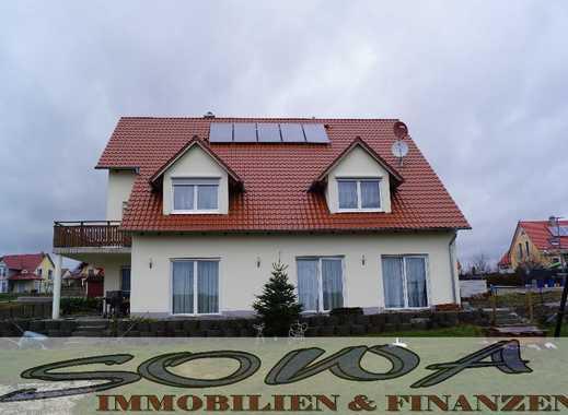 Mehrfamilenhaus - Platz für die Großfamilie (3 Wohnungen) mit Garten, Garagen - Ein Objekt von Ih...