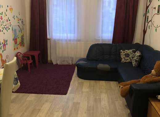 Helle und ordentliche 3-Zimmer-Wohnung mit Balkon