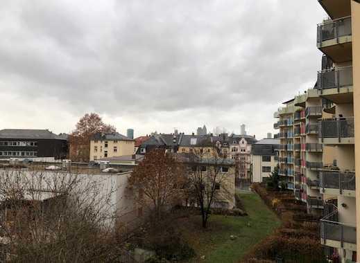 Teilmöbliert, gepflegte 2-Zimmer-Wohnung mit Balkon und EBK in Frankfurt am Main-Sachsenhausen
