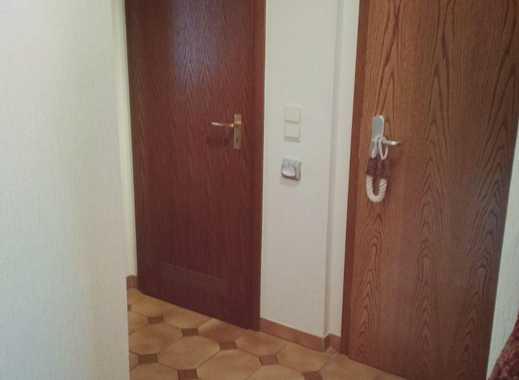 Gepflegte 4-Zimmer-EG-Wohnung mit Balkon und Einbauküche in Erpel