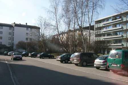 *Schöne 3-Zimmer Wohnung mit Loggia in Landshut* in West (Landshut)