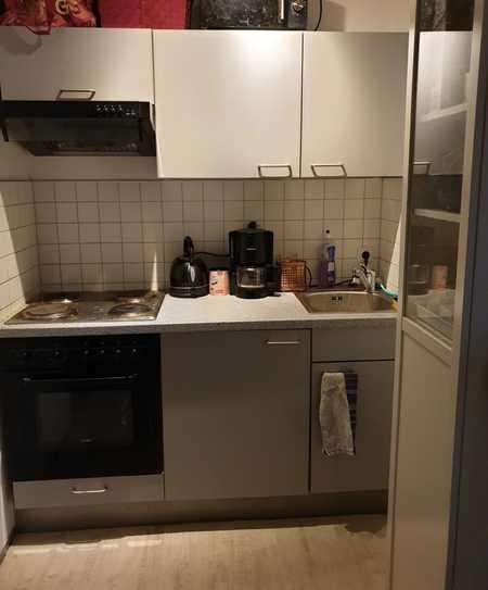 Liebevolle 1-Zimmer-Wohnung mit Balkon in Regensburg in Kumpfmühl-Ziegetsdorf-Neuprüll (Regensburg)