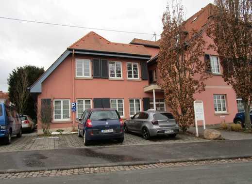 Moderne und lichtdurchflutete Wohnung in bevorzugter Lage