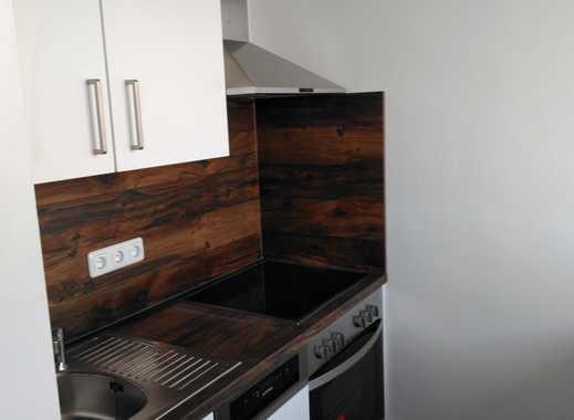 Möblierte vollständig renovierte 2-Zimmer-Wohnung mit Balkon und Einbauküche in Freising (Kreis)