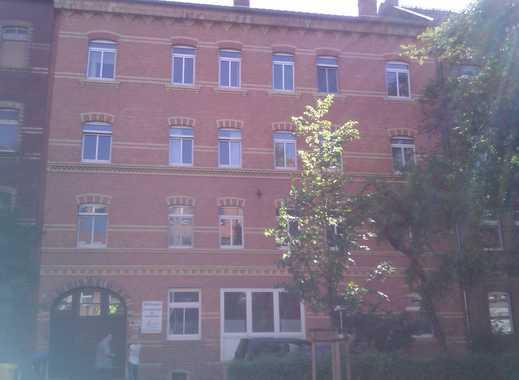Nähe FH: Prov.-freie schöne vier Zimmer Wohnung in Erfurt, Krämpfervorstadt