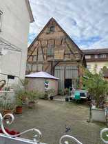 Baugrundstück mit älterem 3 Familienhaus