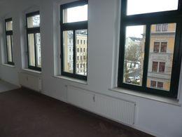 schöne Fensterfront im WZ