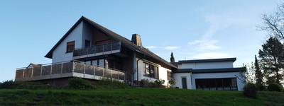Exklusiv wohnen direkt am Fluss, 147m² + 32m² Bürofläche in Bad Oeynhausen-Werste