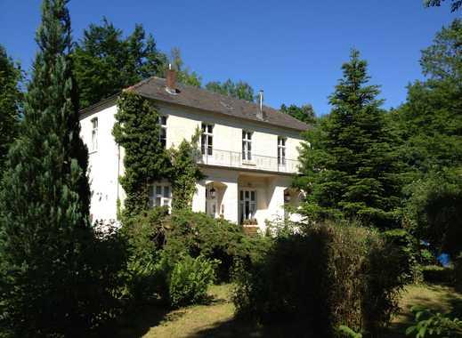 Historisches Herrenhaus  | sep. Eingang | W-LAN | gute Lage zu Messe, Flughafen, City |