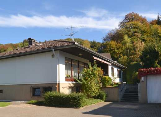 Freistehendes Einfamilienhaus mit Garage im beliebten Rösrath-Hoffnungsthal!
