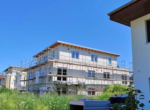 Erstbezug: Idyllisch Wohnen in großzügiger 2-Zimmer-Wohnung mit Sonnen-Balkon im Grünen