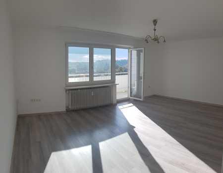 Vollständig renovierte 2-Raum-Wohnung mit Balkon in Neuötting in Neuötting