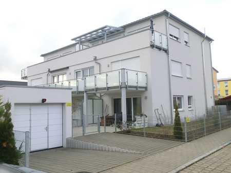 Neuwertige 2-Zimmer-Wohnung mit Balkon, Einbauküche und TG-Stellplatz in Friedrichshofen (Ingolstadt)