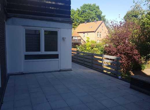 Schöne, geräumige drei Zimmer Terrassenwohnung in Hannover, Vinnhorst