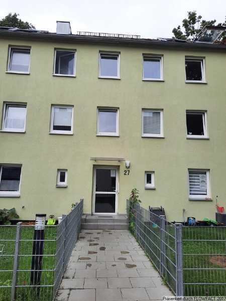 Helle und großzügig geschnittene 4 ZKB- Wohnung mit Balkon im Textilviertel in Augsburg-Innenstadt